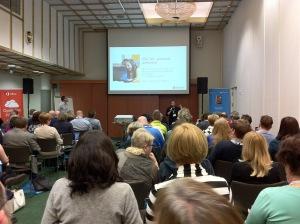Microsoft Office 365 -workshopin vetovastuussa Marjanna Halonen ja Timo Hänninen.